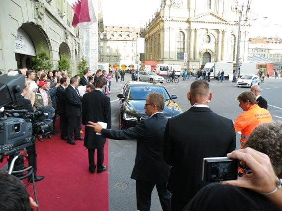EventWorkers Arriving Ursula Andress Limo